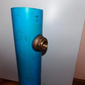 Обустройство скважины на воду без кессона. Что входит в объем работ. Какие материалы и оборудование используют